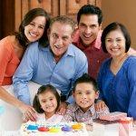 男性に贈る2019年最新版、人気の還暦祝いのプレゼントを父、上司をそれぞれランキング形式で紹介いたします。  父や男性の上司へ贈る平均的な還暦祝いのプレゼント相場やプレゼントの選び方、人気のプレゼント、カードのメッセージ文例など徹底解説します。60歳の節目をお祝いする「還暦祝い」には、「赤」をモチーフとした物が贈られるのが一般的ですが、照れくさいから赤いちゃんちゃんこや頭巾は辞めて欲しいという声が多いです。ぜひ参考にご覧ください。