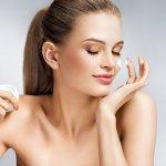 Ada banyak jenis kosmetik untuk wajah yang ada di pasaran. Masing-masing punya kemampuan dan kualitas masing-masing. Kali ini BP-Guide akan mengupas tuntas tentang Oxyglow, kosmetik yang memiliki khasiat mencerahkan dan membuat wajah jadi lebih bersih dan bersinar. Selamat membaca!