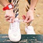 Saat berolahraga, pilih sepatu yang pas dan nyaman agar aktivitas olahraga semakin menyenangkan. Gunakan sepatu yang sesuai dengan jenis olahraga yang dilakukan. BP-Guide punya rekomendasi sneakers yang cocok untuk kesempatan kasual dan berolahraga hanya untuk Anda.