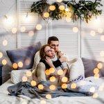 クリスマスに大切な人に贈るプレゼントには、心に響くメッセージも添えて贈りたいですよね。この記事では、社会人の彼氏に贈るクリスマスメッセージの書き方についてお伝えします。喜ばれるポイントや文例など使える情報が盛りだくさんなので、素敵なメッセージ作りの参考にしてください。
