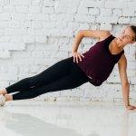 Olahraga adalah salah satu aktivitas yang mesti dilakukan untuk menjaga kesehatan dan kebugaran tubuh termasuk para wanita. Yuk ketahui cara memilih celana olahraga yang tepat dan rekomendasi celana training wanita yang nyaman serta stylish dari BP-Guide berikut ini!