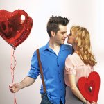 As the day of love approaches, it is time to think of ideas to make the day memorable for your boyfriend. If you are looking to surprise your boyfriend, don't just stick to the usual romantic gestures, consider offbeat gifts too ! BP Guide India has put together a comprehensive list that not only includes the traditional Valentine's Day gifts but also some quirky ones to charm your boyfriend.