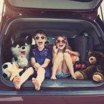 Jika kamu sekeluarga berencana untuk liburan, ada baiknya kamu mempersiapkan mobil pribadi agar perjalanan lebih nyaman. Apalagi bagi kamu yang memiliki bayi, pastinya selama perjalanan membutuhkan tempat yang sangat nyaman, kan? Nah, selain membuat nyaman, ada banyak hal menyenangkan saat kamu liburan dengan menggunakan mobil, lho. Sini, simak aja ulasan dari BP-Guide, ya!