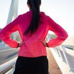 Jaket adalah pakaian yang biasa dikenakan untuk menghangatkan badan. Meski demikian, baju yang satu ini ternyata juga mampu membuat olahragamu mendapatkan hasil maksimal. Ingin terlihat stylish saat memakai jaket olahraga wanita? SImak rekomendasi BP-Guide berikut ini!