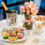 結婚記念日をはじめとした大切な記念日には、愛知で人気のレストランでスペシャルなディナーを楽しんでみませんか。今回は2019年最新の情報をもとに、デートにぴったりなレストランを選りすぐってご紹介します。個室や夜景が注目されているレストランなど、多彩なタイプの店舗を厳選しました。おすすめのポイントもあわせてまとめていますので、素敵なレストラン選びの参考にしてください。