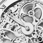 女性への誕生日プレゼントとして多くの方が贈られている腕時計ですが、女性が喜ぶ今人気の高いブランドを把握し、そしてデザインなど選び方をしっかりとチェックして、失敗せずに喜んでもらえる誕生日プレゼントを贈りたいものです。そこで、女性に人気のおしゃれなレディーズ腕時計ブランドを【2018年度版】ランキング形式で10選を紹介しますので、是非参考にして下さい。