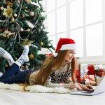 子供が大学生になると接する時間も減ってきますが、クリスマスには喜んでもらえるメッセージを贈りたいですね。こちらでは、クリスマスメッセージの書き方のコツや、アレンジして使えるメッセージ例をまとめています。楽しいイベントには、喜んでもらえるメッセージを書いてみましょう。