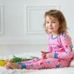 Putra dan putri Anda bisa tidur lebih nyenyak saat bajunya nyaman digunakan. Jangan sampai Anda salah pilih baju untuk si kecil ya. Dengan tidur lebih nyenyak maka perkembangan otak si kecil lebih baik dan tubuhnya jadi lebih sehat. Yuk, pilih baju tidur anak terbaik dari kami!