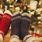 足元をおしゃれに演出する靴下は、彼女から贈るクリスマスプレゼントとしても人気です。彼氏の日ごろのファッションをよく知っている彼女だからこそ、彼氏が気に入るものを選びましょう。今回は、webアンケートなどの調査を実施し、メンズ靴下の人気ブランドを徹底調査しました。今人気のブランドがわかる詳しいヒントがいっぱいのランキングは必見です!