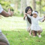 Melihat perkembangan anak dari waktu ke waktu memang hal yang menggembirakan, termasuk saat anak sudah mulai belajar berjalan. Jangan asal memilih sepatu sandal untuk anak, coba cek dulu kualitasnya karena kenyamanan anak adalah yang paling utama. Butuh rekomendasi terbaik? Yuk, langsung cek aja bersama BP-Guide!