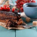 Hi readers, kali ini kita bakal bahas kue ulang tahun yang abadi dan disukai semua orang, yaitu kue coklat. Karena itu kue ulang tahun coklat bisa jadi salah satu alternatif hadiah ulang tahun yang ekonomis dan lezat. Belum pernah membuatnya?Tenang, BP-Guide bakal membantu kalian dengan artikel berikut ini. Yuk, simak tips dan trik dari kami.