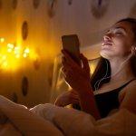 Lampu tidur berfungsi untuk membantu kamu yang kesulitan beristirahat jika ruangan sangat gelap. Selain fungsi tersebut, saat ini ada banyak pilihan lampu tidur unik yang estetik saat disandingkan bersama tempat tidurmu. Penasaran, kan? Yuk, dapatkan referensi terbaiknya di sini!