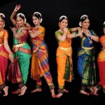 This guide is for all the people out there who have a dancer within themselves. As they plan to make the big move for Arangetram, they need support and pampering from their loved ones. We bring to you some great Arangetram gift ideas that will lighten them up in joy. Have a look!