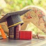Top 10 món quà thiết thực tặng cho bạn đi du học (năm 2020)