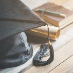 男子高校生の卒業祝いには、新生活における実用性の高いアイテムを贈りましょう。今回は男子高校生の卒業祝いに人気のプレゼントランキング「2019年最新版」をお伝えします。定番アイテムや選び方のポイントなどをご紹介しますので、喜ばれるプレゼント選びの参考にしてください。