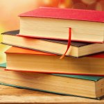 Membaca jadi salah satu hobi yang ditekuni banyak orang. Tidak mengherankan karena selain membuka wawasan baru, buku fiksi berkualitas juga seru untuk dibaca kapan pun bahkan setelah beberapa dekade berlalu. Buku fiksi dengan plot serta premis cemerlang memang cenderung menggugah dan tak membosankan meski dibaca berulang kali. Berikut referensi buku fiksi asyik yang bisa dibaca di waktu luang kamu.