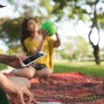 Mencari speaker portable yang murah tapi berkualitas memang susah-susah gampang. Ingin cari yang murah, kualitasnya kurang bagus. Cari yang berkualitas, malah mahal. Jangan bingung, karena dalam artikel kali ini BP-Guide akan memberikan tips dan rekomendasi speaker portable terbaik dalam harga yang terjangkau.