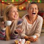 20代・30代・40代社会人の女友達にクリスマスプレゼントを贈るときの選び方のポイントは?相場は?これらの疑問を徹底調査してまとめました。さらに20代・30代・40代の社会人の女友達へのクリスマスプレゼントに人気のアイテムを【2019年度版】ランキング形式でご紹介させていただきますので、是非参考にしてください。