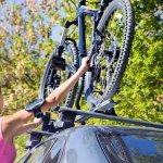 Sepeda adalah salah satu olahraga yang banyak digemari orang. Untuk kenyamanan yang lebih maksimal, banyak orang memilih membeli sepeda dengan harga yang cukup tinggi. Dalam artikel berikut, BP-Guide merangkum beberapa sepeda dengan harga yang dibanderol tinggi. Apa saja? Simak ulasan di bawah ini.