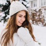 気分まで温めてくれる素敵なレディース手袋を選べば、おしゃれを楽しみながら冬の高校生活を乗りきれます。この記事では、ベストプレゼント編集部で厳選した手袋のおすすめブランドを、最新版のランキング形式でご紹介します。webアンケートなどのリアルな情報をもとにしているため、高校生に今人気のブランドが一目で分かります!ぜひ参考にして、ぜひ自分に合うおしゃれな手袋を見つけてください。