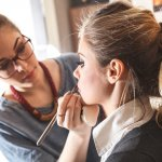 Ingin Jadi Make up Artist Profesional? Inilah 10 Rekomendasi Make up Class yang Wajib Kamu Ikuti (2020)