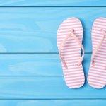 10 Rekomendasi Sandal Wanita Terbaru Ini Bikin Gaya Makin Trendi (2020)