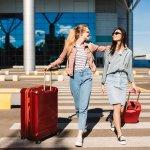 Tetap Keren di Airport dengan 10+ Rekomendasi Item Fashion Terbaru (2020)