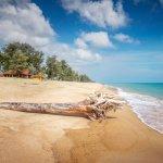 10 Rekomendasi Pantai Terbaik di Jakarta dan Sekitarnya yang Mungkin Belum Anda Ketahui (2020)