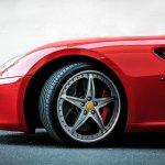Anda yang hobi modifikasi mobil pasti juga suka mengganti velg, bukan? Hanya dengan mengganti velg saja, mobilmu akan jadi semakin garang. Tidak percaya? Simak yuk rekomendasi velg mobil dari BP-Guide berikut ini!