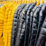 Jaket digunakan sebagai outfit untuk menangkal hawa dingin sehingga menjadi item wajib yang pasti dimiliki setiap orang. Jangan mau ketinggalan zaman, yuk simak ragam model jaket yang akan menjadi tren di tahun 2019!
