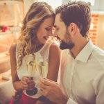 Kamu dan pasangan akan merayakan anniversary atau hari jadi pernikahan? Anniversary pernikahan memang momen spesial yang seharusnya tak boleh dilewatkan, dan untuk memperingati momen spesial itu tentu kalian sebaiknya saling memberikan hadiah. Hadiah seperti apa yang seru dan kira-kira cocok untuk anniversary pernikahan? Baca saja langsung rekomendasi dalam artikel BP-Guide terbaru berikut ini!