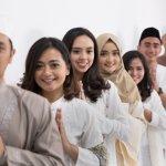 Baju muslim biasanya nyaman dipakai karena terasa longgar dan adem. Karena kenyamanan ini, baju muslim cocok dipakai Anda sekeluarga dalam berbagai situasi. Cocok untuk digunakan sehari-hari dan juga pada acara resmi. Bisa acara resepsi, acara tunangan, acara wisuda, dan acara hari besar keagamaan.