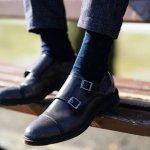 靴下まで気を配ることを忘れない男性は、周りから良い印象を与えます。さらに、履き心地の良い靴下を選ぶことで、快適な足元を保って過ごせます。今回は、50代男性に人気のメンズ靴下を取り扱っているブランドをランキング形式にまとめました。webアンケートなどの調査から編集部が選び抜いたので、おすすめできるブランドばかりです。