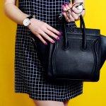 Tas Warna Hitam memang selalu mengesankan gaya yang simpel dan glamour. Inilah sebabnya, banyak wanita yang menyukainya. Selain dapat digunakan untuk berbagai acara, juga mudah untuk dipadupadankan dengan berbagai busana. Pengen tahu gaya keren kamu dengan tas warna hitam pilihan? Simak penuturan BP-Guide berikut ini.