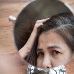 Kenali 8 Penyebab Munculnya Uban di Rambut dan Atasi dengan 5 Cara Ini