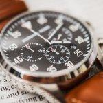Jam tangan memang menjadi salah satu aksesoris wajib bagi pria saat ini. Bahkan tak banyak pria pecinta fesyen yang selalu mengikuti perkembangan trend jam tangan terbaru. Perkembangan ini, diikuti pula dengan perkembangan teknologi, serta kegunaan dari jam. Jadi BP-Guide akan menghadirkan trend jam tangan pria terbaru 2018, khusus untuk Anda.