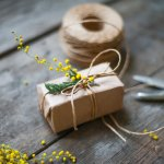 Memberikan hadiah pada ulang tahun orang terkasih tentunya akan jadi hal yang berkesan. Namun, jika kamu bisa membuat hadiahmu sendiri tentu akan jadi kebanggaan sekaligus hal yang tak terlupakan. Simak inspirasi kado handmade dari BP-Guide berikut ini untuk lebih jelasnya!