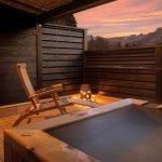 記念日にカップルで忘れられない旅をしたいなら、栃木の温泉宿に注目してみてはいかかでしょうか。この記事では、【2018年最新情報】をもとに、カップルにおすすめの栃木の温泉宿をご紹介します。客室露天風呂や貸切風呂が魅力の鬼怒川温泉の宿や、部屋食にこだわった川治温泉の宿など、記念日にぴったりの温泉宿が満載ですよ。