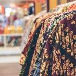 Kini, baju bercorak etnik tidak lagi terkesan kuno. Di tangan para desainer, baju etnik terlihat jauh lebih modern, mewah, dan berkelas. Jangan ragu mengenakan baju bermotif etnik ini untuk berbagai kegiatan karena BP-Guide punya rekomendasinya nih untuk kamu.