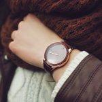 日常生活に欠かせない腕時計は、便利さだけでなくおしゃれさも追求して、手元を美しく演出しましょう。そこで今回は、編集部がwebアンケート調査などを元に厳選した、50代女性向けレディース腕時計のブランドをランキング形式でご紹介します。人気ブランドが一目でわかるようにまとめていますので、ぜひ最後までご覧ください。