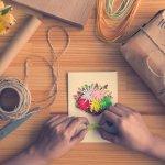 Quà tặng vào dịp sinh nhật đại diện cho lời chúc mừng cũng như tình cảm của người tặng với người nhận. Sắp đến sinh nhật bạn thân nhưng bạn chưa biết tặng món quà nào thật đặc biệt, mang nhiều ý nghĩa. Vậy thì hãy tham khảo ngay 10 gợi ý giúp bạn tự làm quà sinh nhật tặng bạn thân dễ làm mà vô cùng độc lạ, ý nghĩa qua bài viết dưới đây nhé!