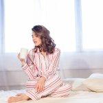 Bosan dengan baju tidur yang itu-itu saja? Kalau begitu baca artikel ini, ya. Ada banyak rekomendasi baju tidur imut hanya untukmu! Saat tidurmu pasti lebih menyenangkan jika memakai baju tidur ini.
