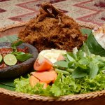 15+ Makanan Tradisional Indonesia yang Bikin Kamu Kepincut akan Kelezatannya. Yuk, Coba Buat di Rumah!