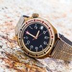 Mau beli jam tangan Swiss Army original? Eits, hati-hati, jangan sampai kamu salah membeli jam tangan pria Swiss Army yang palsu ya! Untuk memudahkanmu mengenali yang palsu, ini di informasi lengkap yang sudah BP-Guide sediakan tentang bagaimana membedakan Swiss Army original dan palsu!