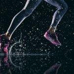 Sebagai produsen peralatan olahraga ternama, sepatu Nike tidak hanya untuk dipakai menjaga kebugaran. Sepatu olahraga Nike juga ternyata bisa menambah keren penampilanmu di saat santai.