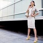 Problem utama para wanita yang harus beraktivitas sepanjang hari adalah kebingungan memadupadankan baju. Rasanya bosan juga kalau setiap hari pakai baju itu-itu lagi. Iya, kan? Makanya kali ini BP-Guide punya solusi untuk permasalahanmu. Simak langsung rekomendasinya nih!