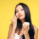Aneka produk kecantikan Korea begitu menggoda untuk dicoba. Dengan memakai produk kecantikan Korea kamu bisa tampil secantik para wanita Korea. Nah, buruan intip rekomendasi produknya dari kami yuk!