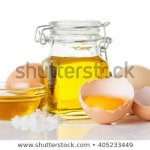 The egg is the best of nature's superfoods! It is beneficial no matter in what way it is consumed. For centuries, eggs are used in hair and skin masks to make them healthy and supple.  Here is a complete guide to making your own organic egg oil, using it properly and some ready-made alternatives, if you need a quick fix!