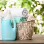 Mencuci pakaian adalah kegiatan yang ditujukan untuk membersihkan pakaian. bukan sekadar bersih namun juga supaya pakaian tidak mudah rusak usai dicuci dan dibersihkan. Selain itu, mencuci pakaian juga ditujukan supaya pakaian benar-benar bebas kuman dan bau apek. Nah, cek tips memilih deterjen terbaik dan juga rekomendasinya dari BP-Guide!