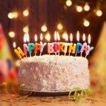 Disukai oleh hampir semua anak kecil, kue ulang tahun anak jadi hal tak terlupakan sewaktu pesta ulang tahun digelar. Dari berbagai macam jenis kue ulang tahun anak, berikut saran-saran kami agar Anda mendapatkan kue ulang tahun terbaik untuk anak Anda.